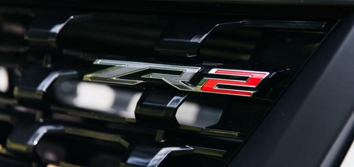 2017-Chevrolet-Colorado-ZR2-exterior-GM-Authority-Review-020-ZR2-logo-badge-720x340.jpg